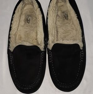 UGG Ansley Black Suede Moccasins Slipper Shoes